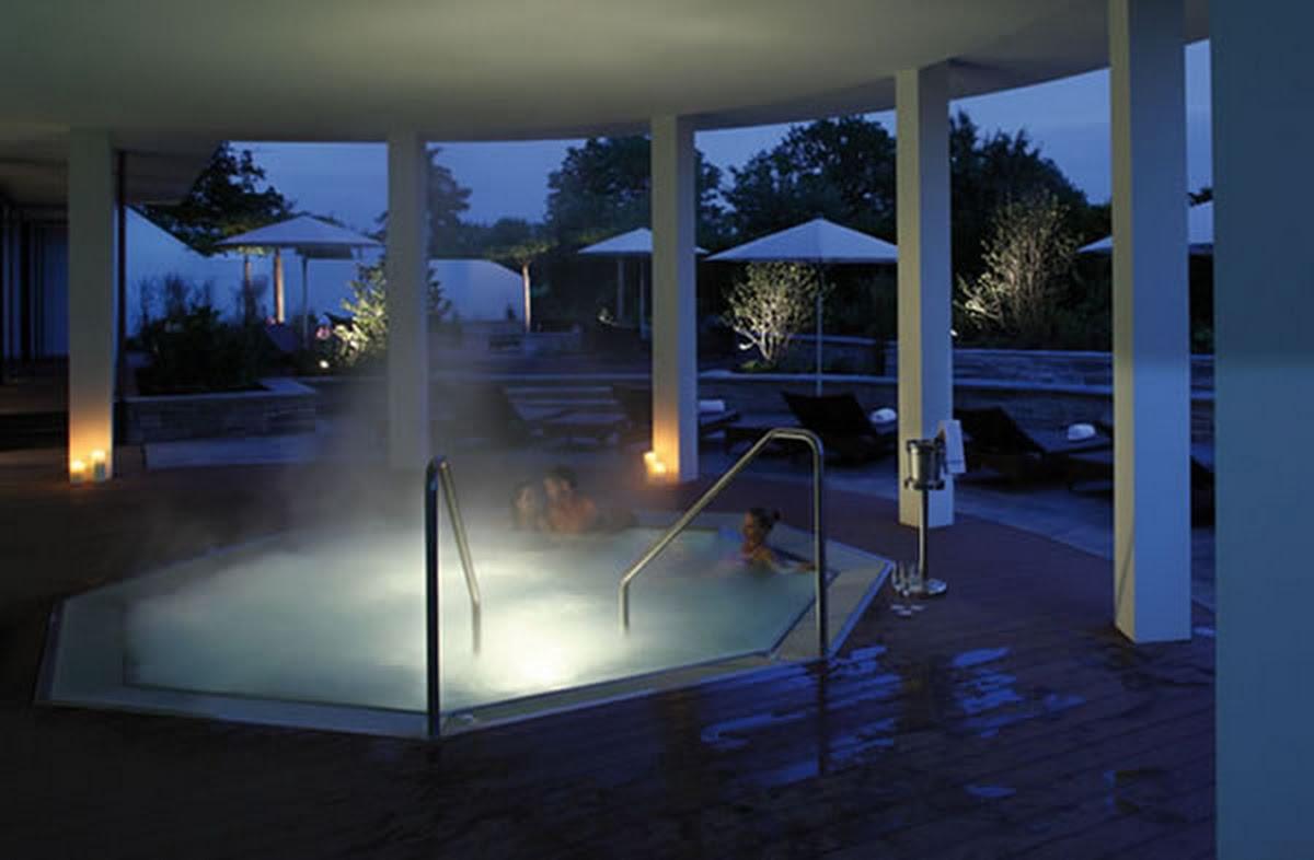 Golfpanorama ,Sole-Whirlpool,Hotelpools,Wellness,Edelstahlbecken,Edelstahlpool,Chromstahlpool