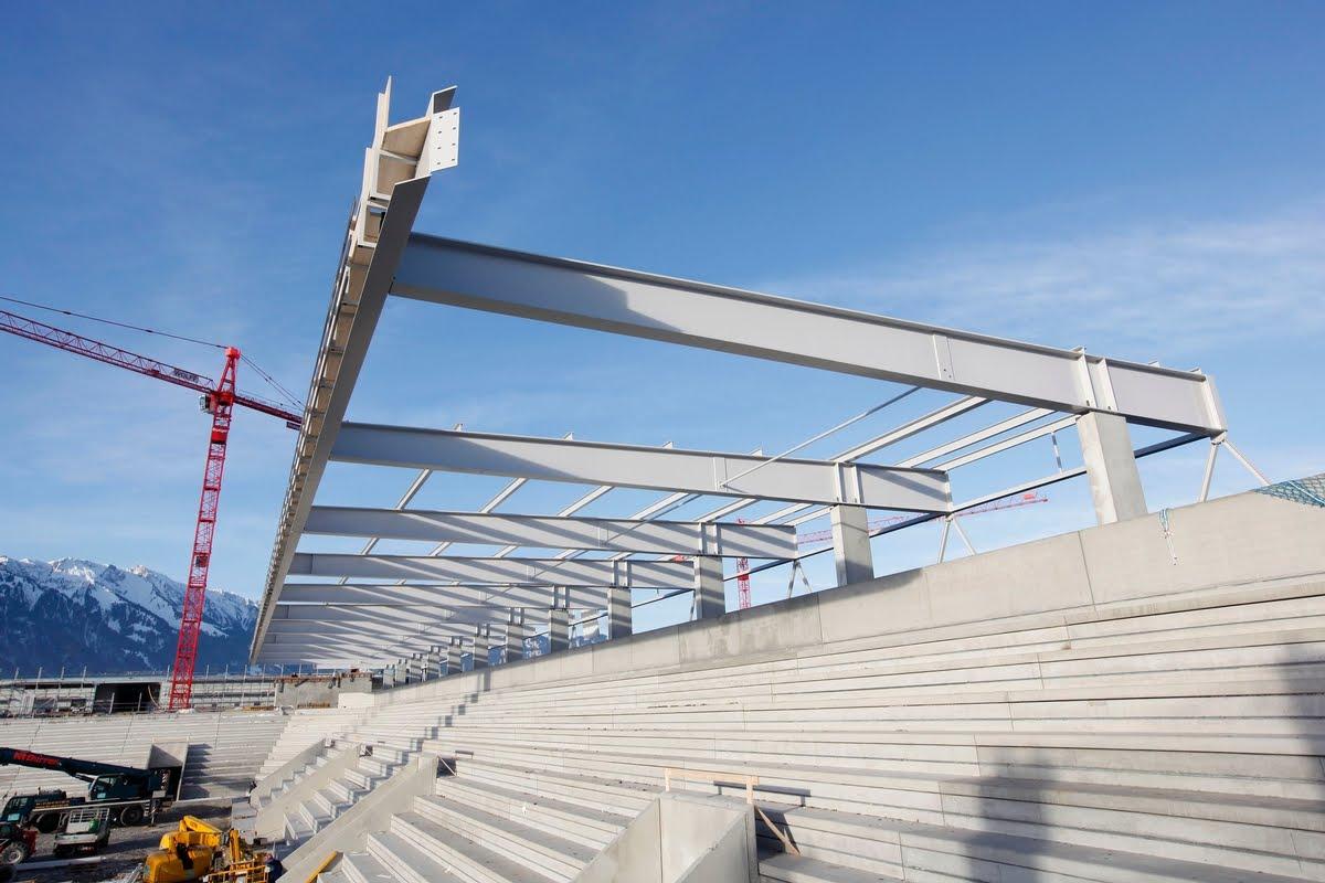 Stadion Thun-Süd,Sporthalle,Sporthallen,Edelstahlbecken,Edelstahlpool,Chromstahlpool